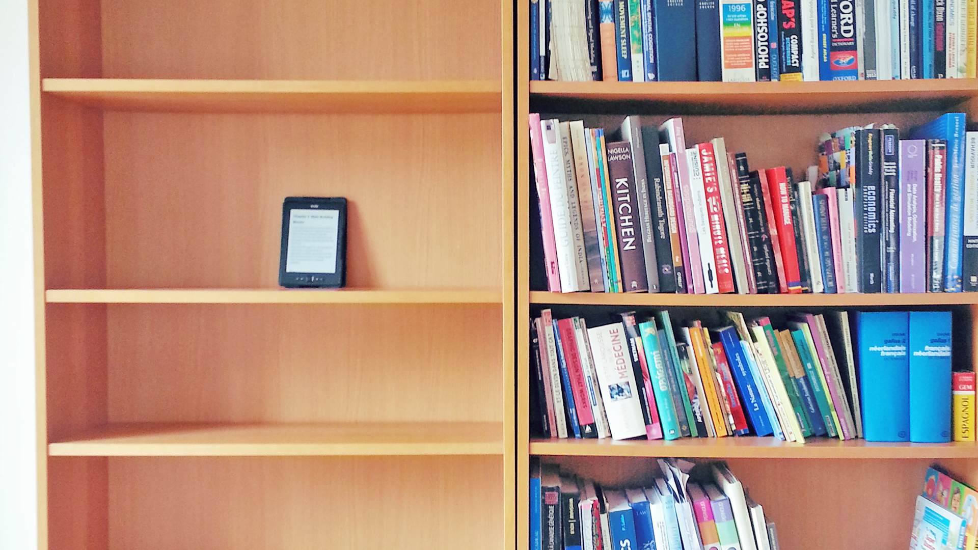 92 Percent of Students Prefer Paper Books Over E-Books