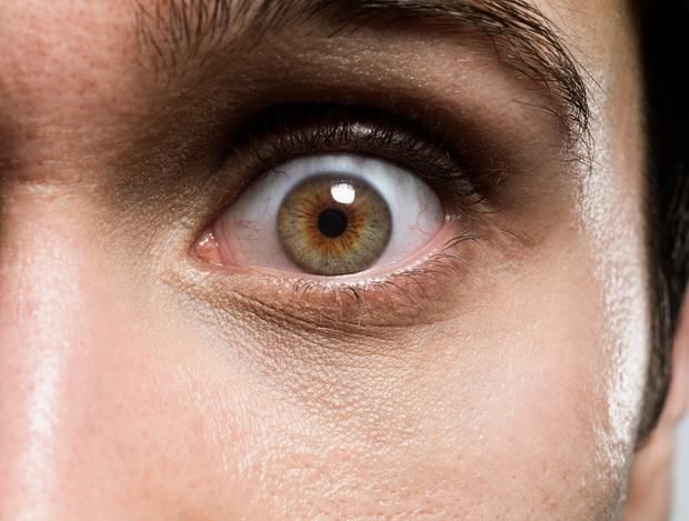 Ten minutes of eye contact leads to hallucinations, monster sightings