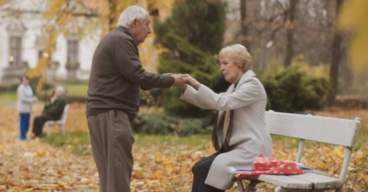 Sweet couple overcomes dementia to relive the night they met in an ad that will make you cry