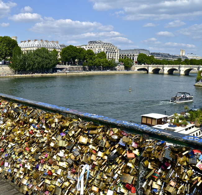 This Romantic Gesture In Paris Has Lasted Years, But The City Is Destroying It