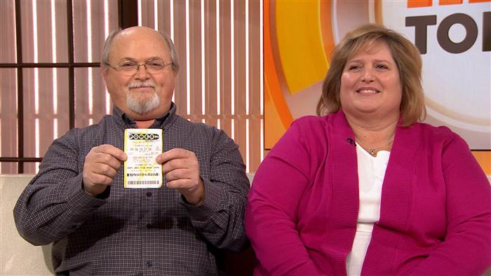 Powerball winners?! Tennessee couple claims they won the jackpot on TODAY Show