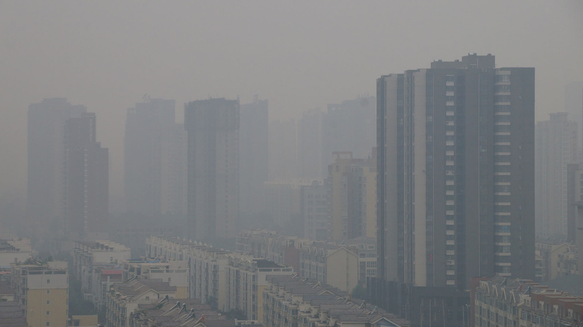 Air pollution kills 4,000 people every day in China, study says