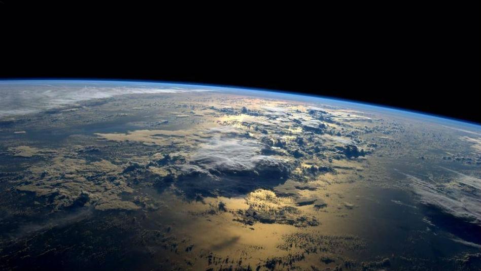 Resultado de imagen de fotos de la tierra desde el espacio