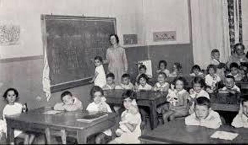 """Carta de una Profesora para los """"Ignorantes e Ignorantas"""""""