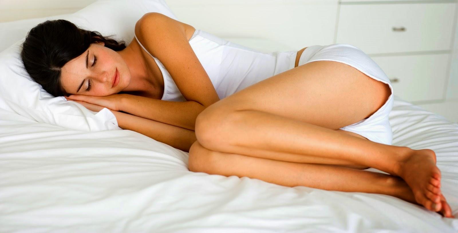 Dormir chica japonesa tira