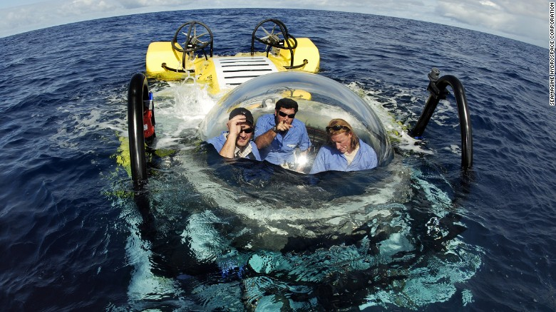 Amazing personal submarine you can actually pilot