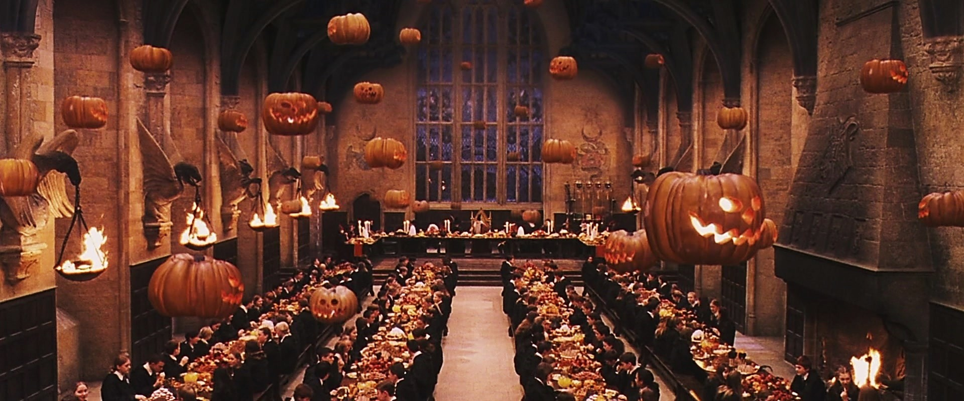 Harry Potter    fans can dinner in Hogwarts this Christmas