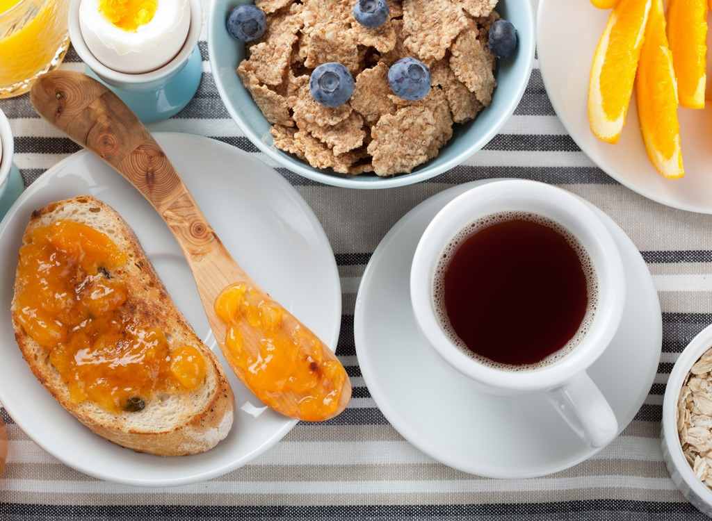 4 Super-Quick breakfasts you can make at the office