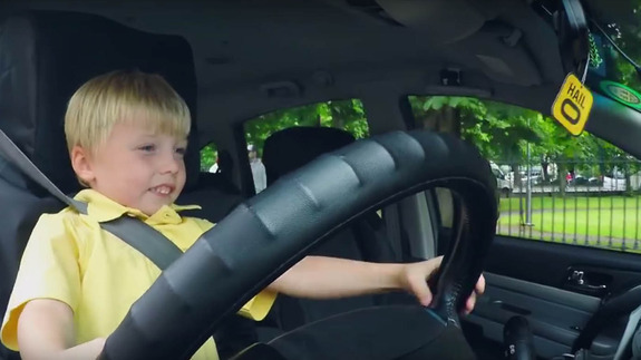 This 3-year-old taxi driver is really confusing people in Ireland