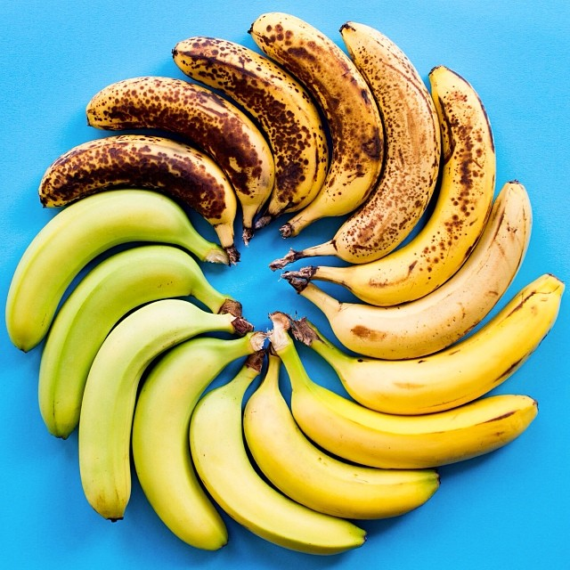 Which banana would you choose? Your response may affect your health