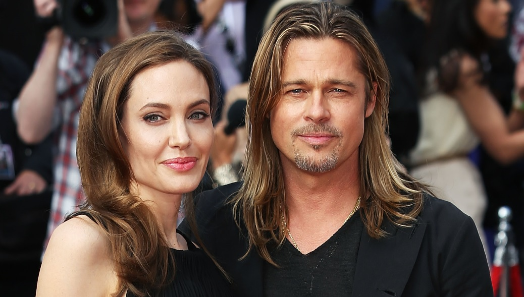 A Complete Timeline of Brad Pitt and Angelina Jolies 12