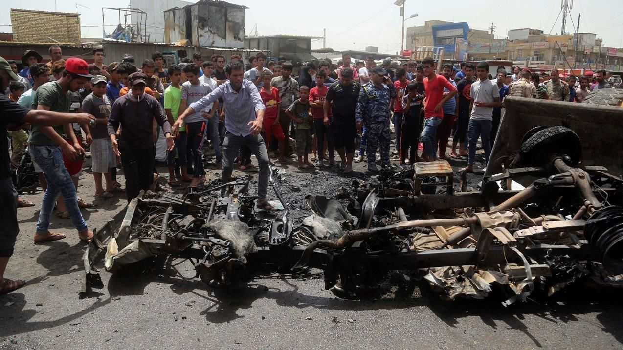 Car bombs target Baghdad shopping districts, 126 dead