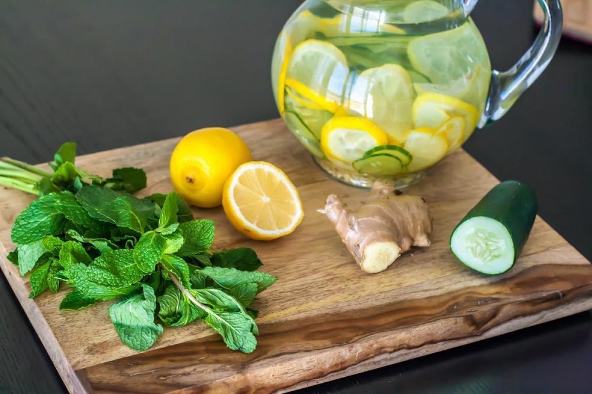 bajar de peso con agua de pepino