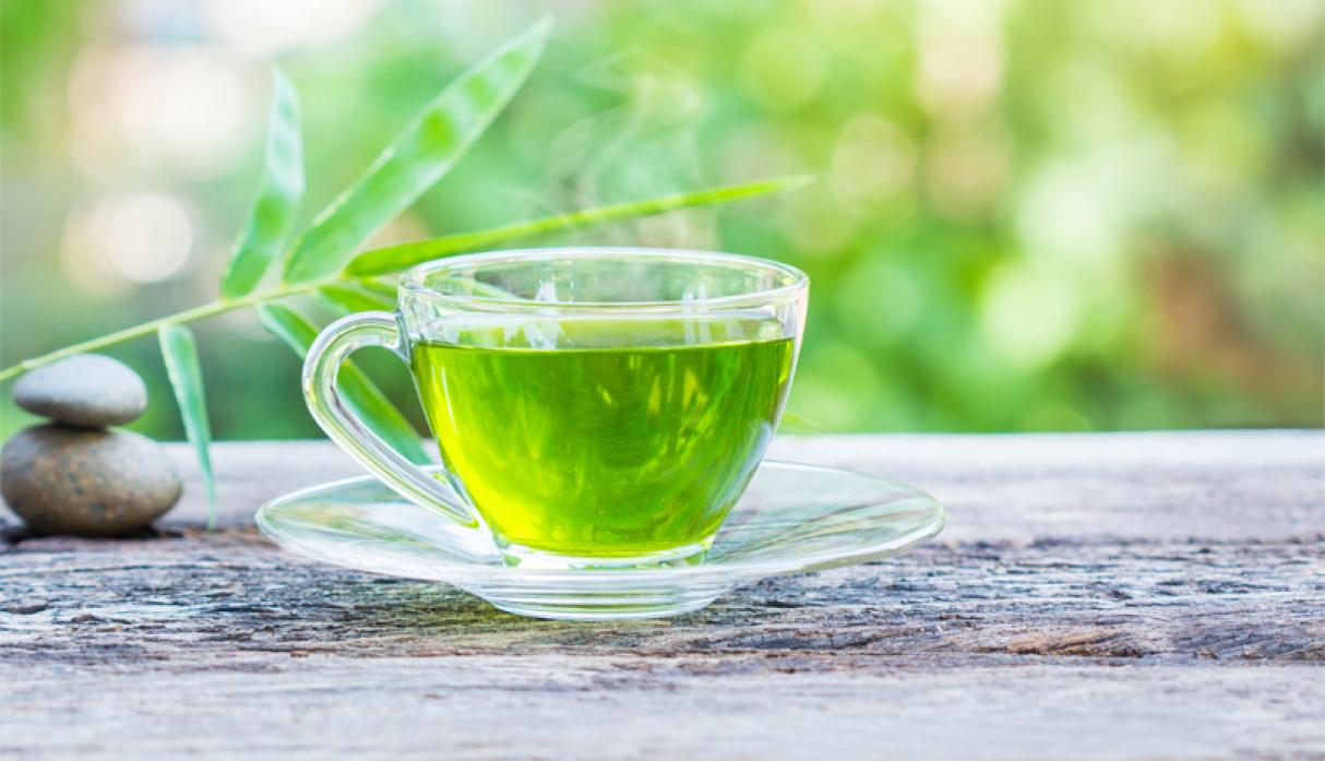 Can drinking green tea cancel out your crappy diet?